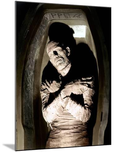 The Mummy, Boris Karloff, 1932--Mounted Photo