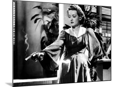 The Letter, Bette Davis, 1940--Mounted Photo