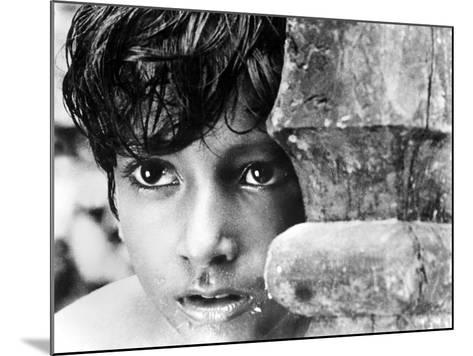 Pather Panchali, Subir Bannerjee, 1955--Mounted Photo