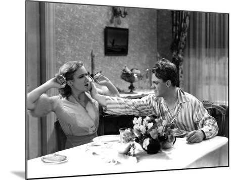 The Public Enemy, Mae Clarke, James Cagney, 1931, Domestic Fight With Grapefruit--Mounted Photo