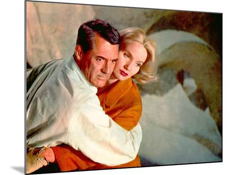 North By Northwest, Cary Grant, Eva Marie Saint, 1959, Clinging--Mounted Photo