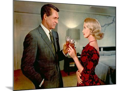 North By Northwest, Cary Grant, Eva Marie Saint, 1959--Mounted Photo