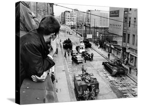 American Tanks at the Friedrichstrasse Checkpoint Crossing Through the Berlin Wall--Stretched Canvas Print