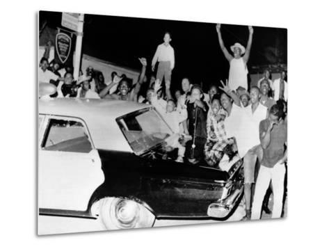 African American Jeer Police During the 1965 Watts Riots--Metal Print