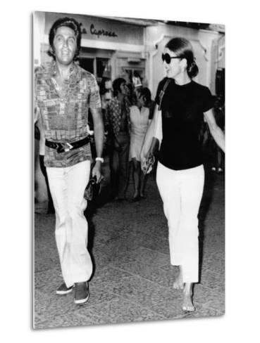 Jacqueline Kennedy Onassis and Fashion Designer Valentino in Capri, Italy, Aug 24, 1970--Metal Print