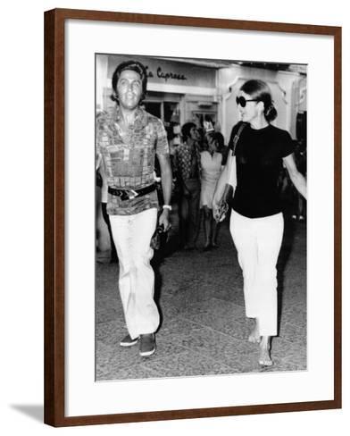Jacqueline Kennedy Onassis and Fashion Designer Valentino in Capri, Italy, Aug 24, 1970--Framed Art Print