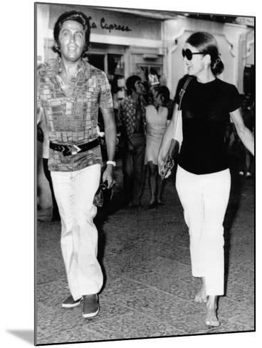 Jacqueline Kennedy Onassis and Fashion Designer Valentino in Capri, Italy, Aug 24, 1970--Mounted Photo