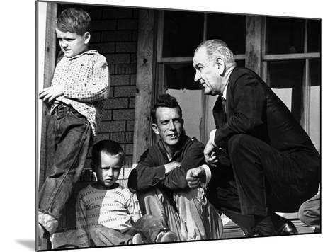 President Lyndon Johnson in Conversation the Tom Fletcher Family of Inez, Kentucky--Mounted Photo