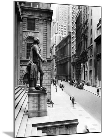 Wall Street Is Virtually Deserted in Front of the US Sub-Treasury Building--Mounted Photo
