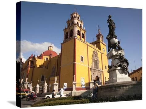 Cathedral of Guanajuato and Fountain, Guanajuato, Mexico-John & Lisa Merrill-Stretched Canvas Print