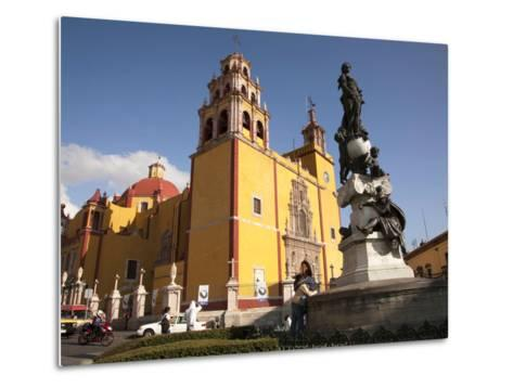 Cathedral of Guanajuato and Fountain, Guanajuato, Mexico-John & Lisa Merrill-Metal Print