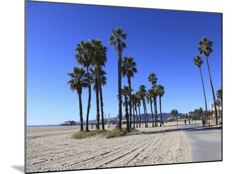 Santa Monica, Los Angeles, California, Usa-Wendy Connett-Mounted Photographic Print