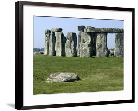 Standing Stone Circle of Stonehenge, 3000-2000BC, UNESCO World Heritage Site, Wiltshire, England-Ethel Davies-Framed Art Print