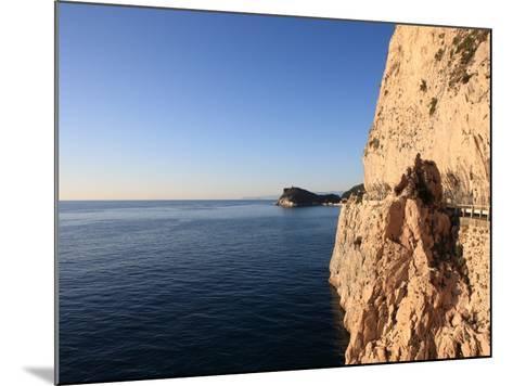 Cliff, Capo Noli, Liguria, Italy-Vincenzo Lombardo-Mounted Photographic Print
