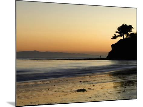 Lovers Silhouette at Sunset on the Ocean, Santa Barbara, California, USA, North America-Antonio Busiello-Mounted Photographic Print