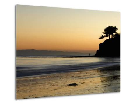 Lovers Silhouette at Sunset on the Ocean, Santa Barbara, California, USA, North America-Antonio Busiello-Metal Print