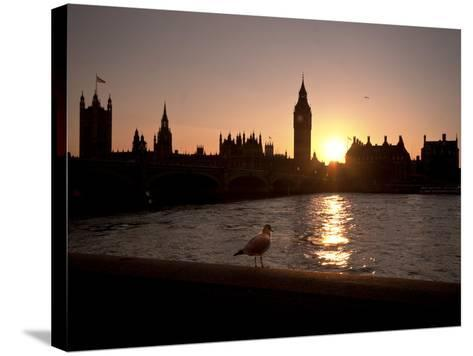 Westminster Bridge, Houses of Parliament, and Big Ben, UNESCO World Heritage Site, London, England-Sara Erith-Stretched Canvas Print