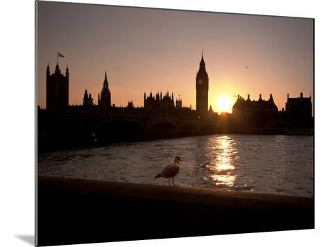 Westminster Bridge, Houses of Parliament, and Big Ben, UNESCO World Heritage Site, London, England-Sara Erith-Mounted Photographic Print