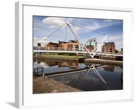 Knights Way Bridge at Leeds Lock No 1, Leeds, West Yorkshire, Yorkshire, England, UK, Europe-Mark Sunderland-Framed Art Print