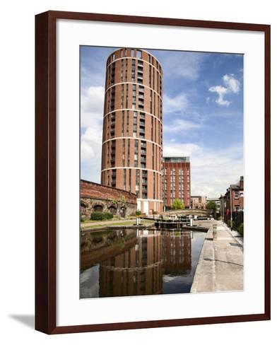 Office Lock on Leeds and Liverpool Canal, Granary Wharf, Leeds, West Yorkshire, Yorkshire, England-Mark Sunderland-Framed Art Print