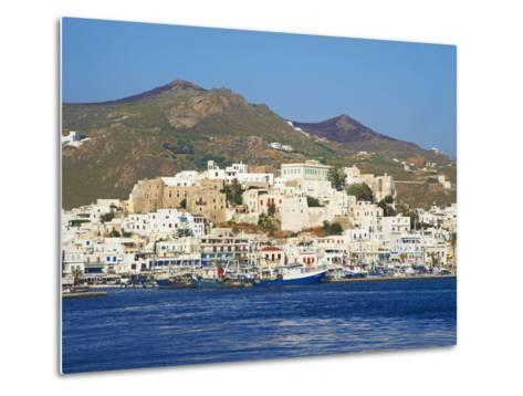 Hora (Chora) Main Town and Kastro, Naxos, Cyclades, Aegean, Greek Islands, Greece, Europe-Tuul-Metal Print