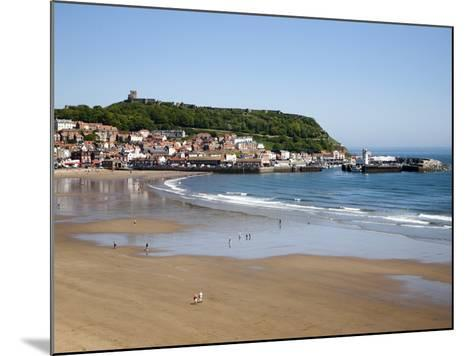 South Sands from the Cliff Top, Scarborough, North Yorkshire, Yorkshire, England, UK, Europe-Mark Sunderland-Mounted Photographic Print