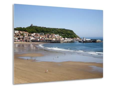South Sands from the Cliff Top, Scarborough, North Yorkshire, Yorkshire, England, UK, Europe-Mark Sunderland-Metal Print
