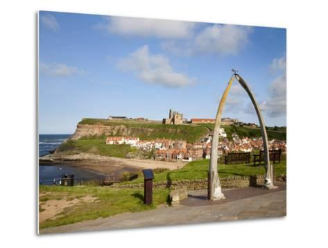 The Whalebone Arch at Whitby, North Yorkshire, Yorkshire, England, United Kingdom, Europe-Mark Sunderland-Metal Print