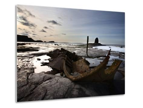 Old Wreck and Black Nab at Saltwick Bay, Near Whitby, North Yorkshire, Yorkshire, England, UK-Mark Sunderland-Metal Print