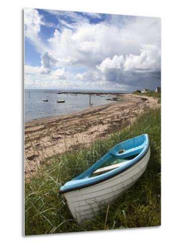 Fishing Boat on the Beach at Carnoustie, Angus, Scotland, United Kingdom, Europe-Mark Sunderland-Metal Print