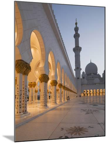 Sheikh Zayed Mosque, Abu Dhabi, United Arab Emirates, Middle East-Angelo Cavalli-Mounted Photographic Print