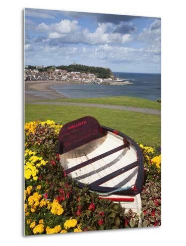 Rowing Boat and Flower Display, South Cliff Gardens, Scarborough, North Yorkshire, England-Mark Sunderland-Metal Print
