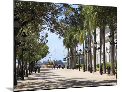 Paseo de La Princesa (Walkway of Princess), Old San Juan, San Juan, Puerto Rico, West Indies, USA-Wendy Connett-Mounted Photographic Print