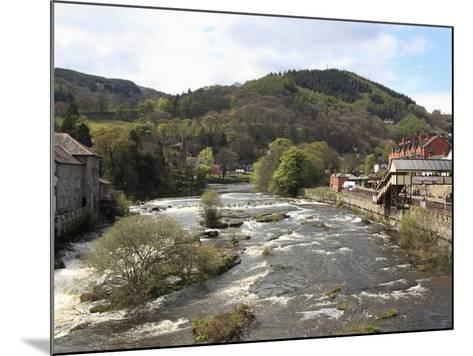 River Dee, Llangollen, Dee Valley, Denbighshire, North Wales, Wales, United Kingdom, Europe-Wendy Connett-Mounted Photographic Print