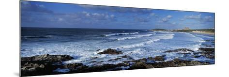 Waves in the Ocean, Fistral Beach, Cornwall, England--Mounted Photographic Print