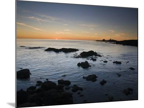 Sunset over the Pacific Ocean and Coast of Piedras Blancas, California-James Forte-Mounted Photographic Print