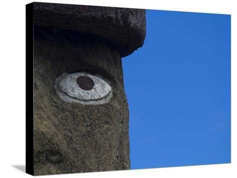 Ahu Ko Te Riku Moai at Ahu Tahai, Easter Island-Michael Melford-Stretched Canvas Print