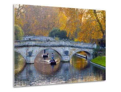 UK, England, Cambridge, the Backs, Clare and King's College Bridges over River Cam in Autumn-Alan Copson-Metal Print