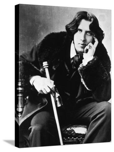 Oscar Wilde, 1882--Stretched Canvas Print
