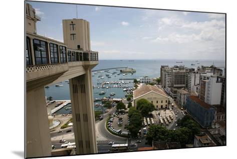 Elevador Lacerda, Salvador (Salvador de Bahia), Bahia, Brazil, South America-Yadid Levy-Mounted Photographic Print