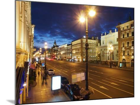 Nevsky Prospekt at Night, St. Petersurg, Russia, Europe-Vincenzo Lombardo-Mounted Photographic Print