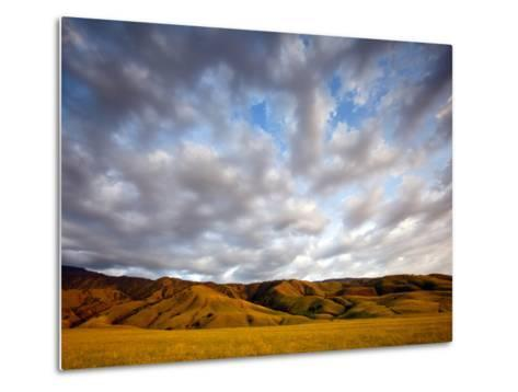 Near Caliente, California: Sunset on the Northern Most Edge of the Tejon Ranch at Sunset.-Ian Shive-Metal Print