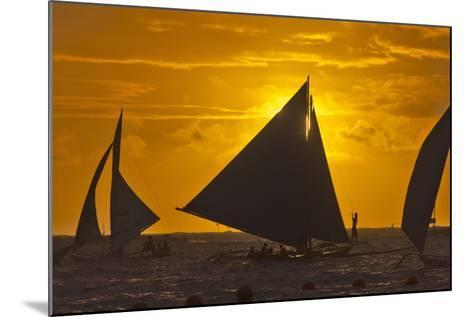 Sailing in the Ocean at Sunset, Boracay Island, Aklan Province, Philippines-Keren Su-Mounted Photographic Print