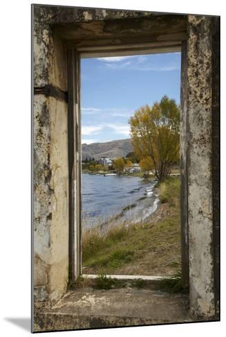Old Building, Lake Dunstan, Cromwell, Central Otago, South Island, New Zealand-David Wall-Mounted Photographic Print