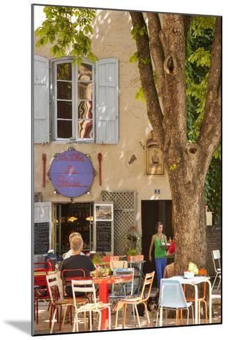 Outdoor Cafe in the Town of Saint Remy De-Provence, France-Brian Jannsen-Mounted Photographic Print