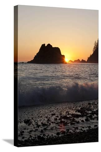 Sea Stacks and Pacific Ocean, Second Beach, Olympic National Park, Washington, USA-John & Lisa Merrill-Stretched Canvas Print