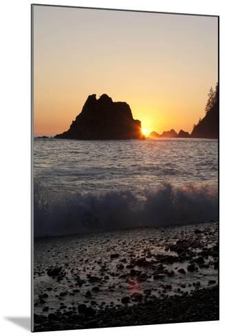 Sea Stacks and Pacific Ocean, Second Beach, Olympic National Park, Washington, USA-John & Lisa Merrill-Mounted Photographic Print