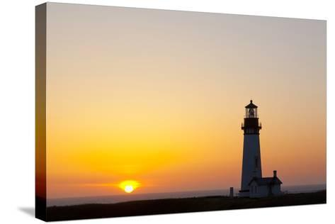 Yaquina Head Lighthouse, 1873, Newport, Oregon, USA-Jamie & Judy Wild-Stretched Canvas Print