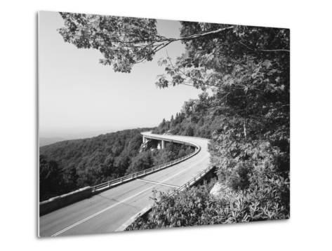 Linn Cove Viaduct, Blue Ridge Parkway National Park, North Carolina, USA-Adam Jones-Metal Print