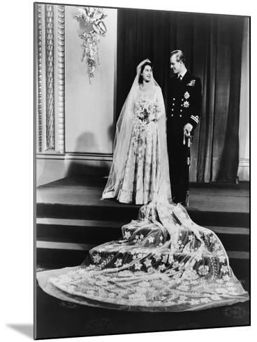 Princess Elizabeth and Prince Philip in a Full-Length Wedding Portrait, 1947--Mounted Photo